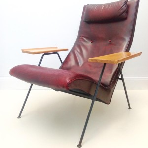 Robin Day Reclining chair