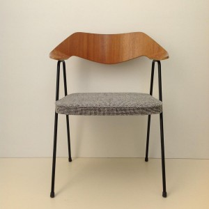 Robin Day 675 Chair 1952